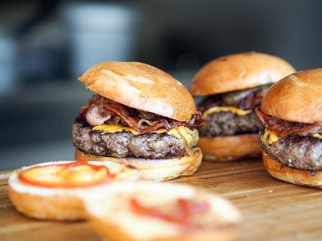 Read more about the article Un restaurant de Street Food met du CBD dans ses plats