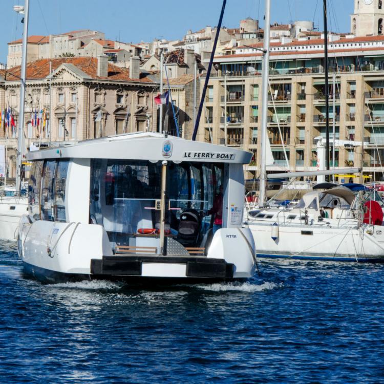Le ferry boat du vieux port