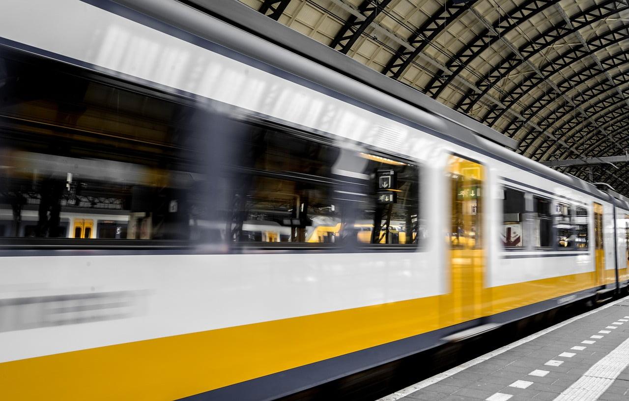 You are currently viewing Transdev va remplacer la SNCF sur la ligne Marseille Nice